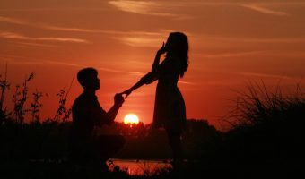 Ways to Make Your Boyfriend Fall in Love With You