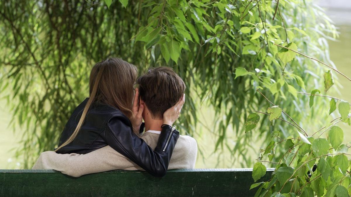 8 Ways to Show Your Boyfriend You Love Him - Inspiring Tips