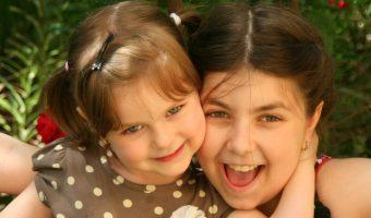 Sweet Ways to be Best Friends with Your Sister