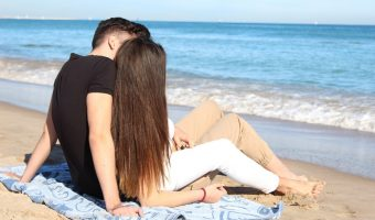 Obvious Signs Your Boyfriend is Controlling