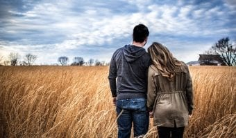 18 Signs You Have a Good Boyfriend and How to Keep Him