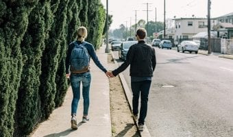 How to be a Good Boyfriend in 32 Ways
