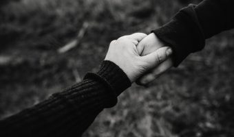 Ways to Resolve Trust Issues in a Relationship