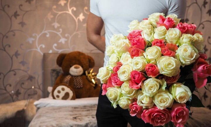 be a romantic boyfriend