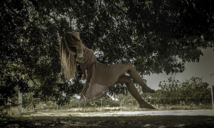 girl falling in love