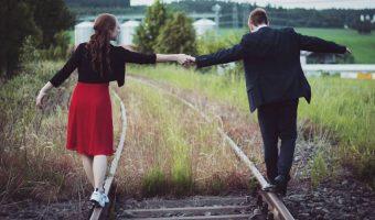 Ways to Deal with a Jealous Boyfriend