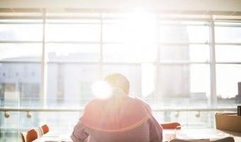 How to Handle Pressure at Work: 9 Ways to Work Better Under Pressure