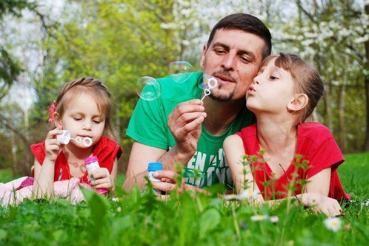 Loving Ways to Make Your Dad Happy