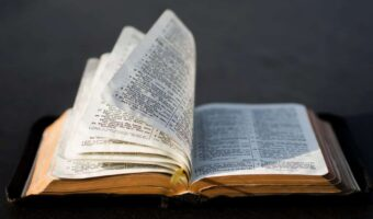 Which Bible Did Billy Graham Use